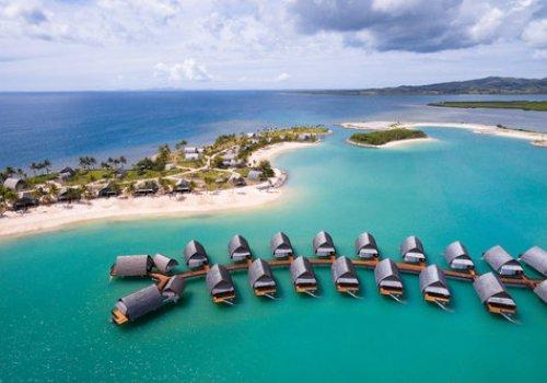 Marriott Resort & Spa Momi Bay