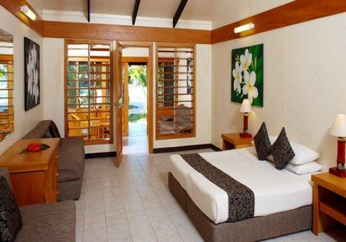 Plantation Island Resort